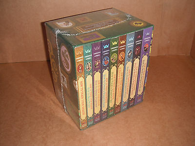 How to Train Your Dragon: Vol.1-9 Gift Set by Cressida Cowell  Paperback NEW