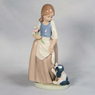 """Nao By Lladro Figurine  - """"how About Me"""""""