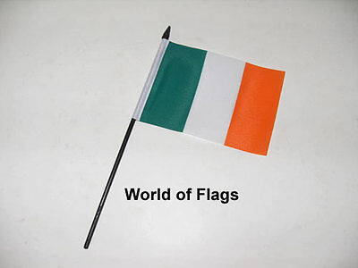 "IRELAND SMALL HAND WAVING FLAG 6"" x 4"" Irish Eire Crafts Table Desk Top Display"
