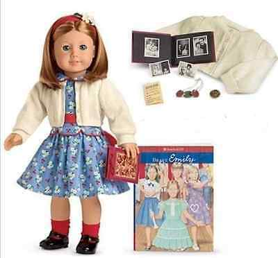 American Girl Doll Emily Bennett with Book and Meet Accessories Brand New NRFB!