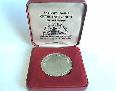 Castell Harlech DDRAIG GOCH The Tower Mint DEPT. OF ENVIRONMENT Boxed Coin