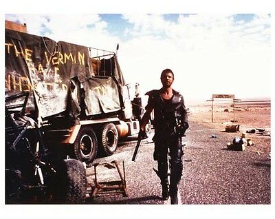MEL GIBSON as MAD MAX 8x10 color still - (B297)