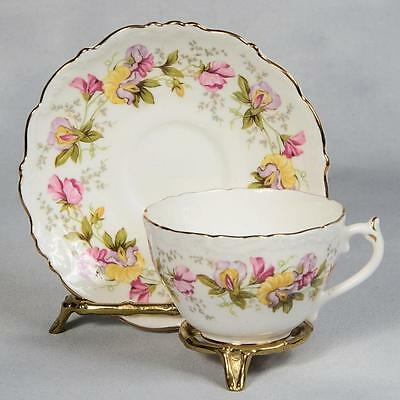"Coalport ""marilyn"" Teacup & Saucer - White With Sweet Pea Garland"