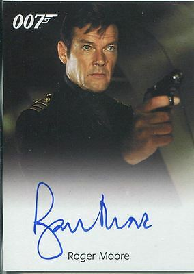 James Bond Archives 2009 Full Bleed Autograph Card Roger Moore