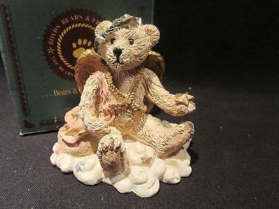 Juliette Angel Bear Ivory 1994 Boyds Bearstone #2029-10  3E/3209