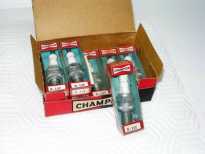 8 Vintage Champion N-144 Spark Plugs In The Box