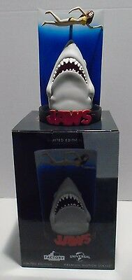 "JAWS ""SWIMMER POSTER"" Shakems Premium Motion Statue Factory Entertainment NEW"