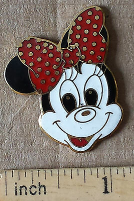 Minnie Mouse, Polka Dotted Bow - Metal Lapel Pin