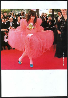 2000 Bjork curtsy on red carpet JAPAN mag photo pinup / mini poster clipping b8r