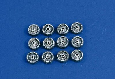 VERLINDEN PRODUCTIONS #2600 Sherman Rubber Damaged Wheels in 1:35