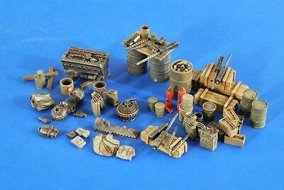 VERLINDEN PRODUCTIONS #2586 WWII USAAF Accessories & 3 Mechanic Figures in 1:48