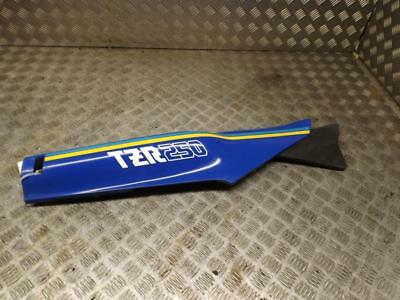 Yamaha TZR250 TZR 250 Right Hand Side Seat Panel Fairing Unit