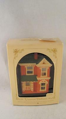 1984 Hallmark Nostalgic Houses & Shops Victorian Dollhouse 1st in Series w Box