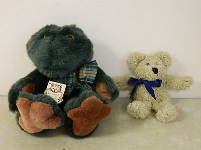 Boyds Bears In The Attic Croaking Frog & Little Teddy Bear With Tags