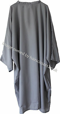 Hairdressing Gown Cape With Sleeves Tie Neck GREY. Polyester. Code Dolly