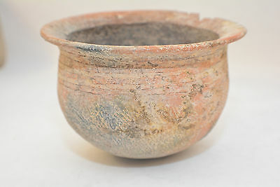 SHANG DYNASTY, Chinese pottery vessel incised Colar 1600-1100 B.C.