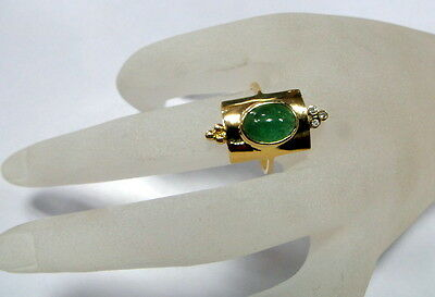 Vintage art deco 18 K solid gold Emerald Diamond Ring