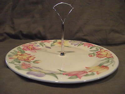 "Royal Doulton Expressions Blooms 10 3/8"" Tidbit Serving Plate with Handle"
