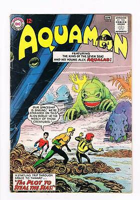Aquaman # 8  The Plot to Steal the Seas ! grade 3.0 hot scarce book !!