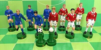 Football Figurine Manchester United 1999 & 1968 9cm Plastic Players