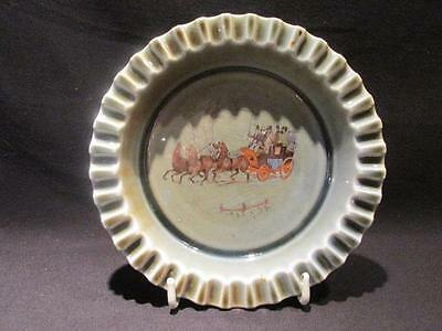 "Wade Vintage Irish Porcelain Armagh ""Y"" Ashtray Coach & Four Scene"