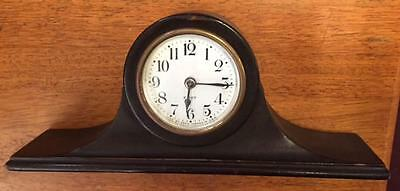 Vintage Seth Thomas wood desk clock .Arch top. Time only