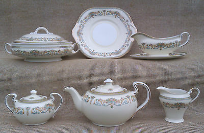 Aynsley - Henley Pattern - Selection Of Tableware.