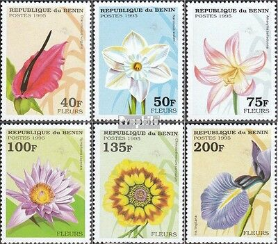 Benin 697-702 unmounted mint / never hinged 1995 Flowers