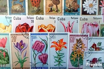 Thematics 100 different Flowers and Plants stamps