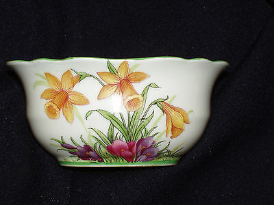 Aynsley Oval Open Sugar Bowl Yellow Jonquil Daffodils Flowers Green Trim Pine