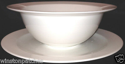 International Langford Gravy Boat With Attached Underplate 18 Oz White
