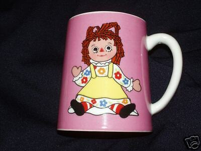 71 Raggedy Ann Child Ceramic Mug Cup Bobbs-Merrill Mop