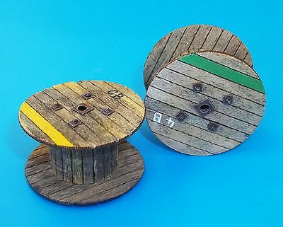 PLUS MODEL PL4050 Cable Reels Big für Diorama in 1:48