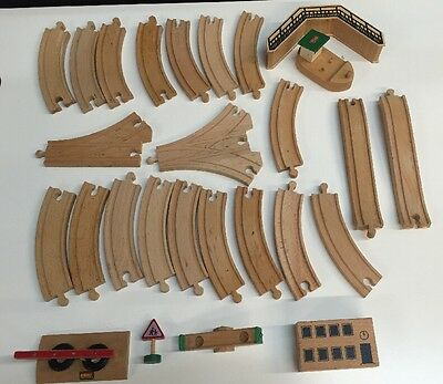 Brio Thomas the Train wooden school playground 27 pieces LOT