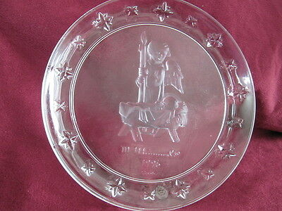 Avon Hummel Watchful Angel 1996 Keepsake Series Lead Crystal Plate Lh