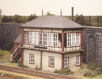 Ratio U.K. Midlands Signal Box Tower Kit  OO HO 536