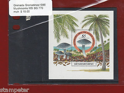 1986 Grenada Grenadines Mushrooms MS SG 770 MUH