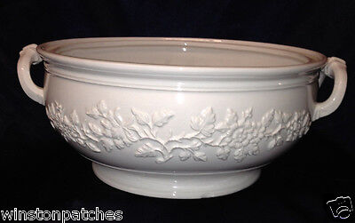 """Mottahedeh Italy Musee Des Arts Decoratifs Tureen No Lid 10 1/2"""" White"""