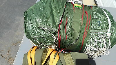 Sf-10A Parachute Complete Static Line, Deployment Bag And Risers 32 Foot Canopy.