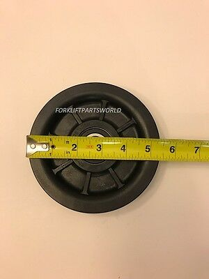 Toyota Forklift Upright Hose Pulley Parts 68831-U2110-71*****