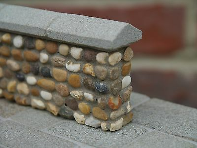 25 sq ins Miniature Pebblestones for cladding Dolls Houses