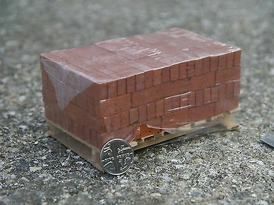 200 Real Miniature Modelling Bricks On A Pallet