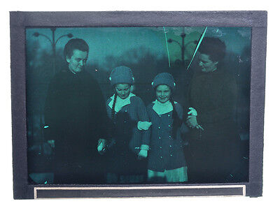 """Autochrome 9x12cm """"Ladies and girls"""" 1910/15 with defects A13"""