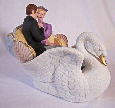 Lenox Carousel Courtship Figure Fine Porcelain 1995 Retired Numbered Mint in Box