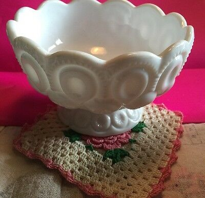 L.e.smith Moon And Star Milk Glass Footed Bowl