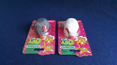 CaT Toy - a Vbrating Mouse 9 cm Pet Play Run Fun Puppy