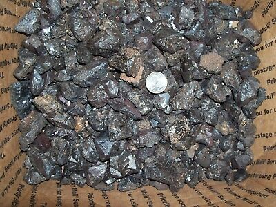 1/4 pound lbs of magnetite martite or lodestone metal crystal magnetic rock