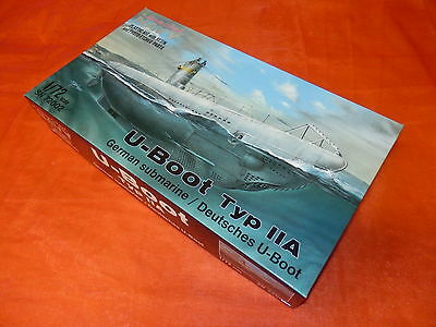 Spezial Navy 72002 German Submarin / U-Boot Typ IIA re-issue / Maßstab 1:72