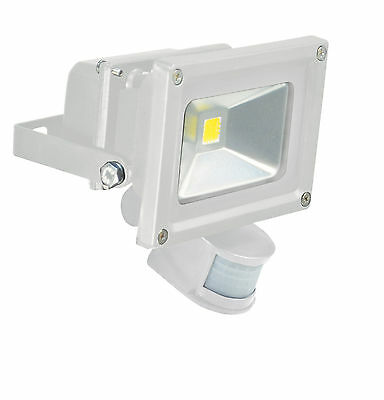 White Outdoor Pir Motion Activated 10W Led Flood Light, 900 Lumens (Eq 60W Std)