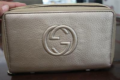 Authentic GUCCI Soho Leather Travel Document Case 30618 AH90G NWT